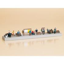 Platform equipment with figures