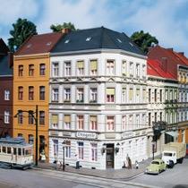 Schmidt Street 25 corner house