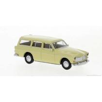 Volvo Amazon Kombi, beige