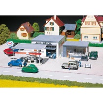 Filling station and car wash
