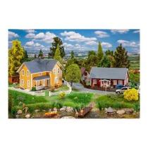 2 Swedish houses