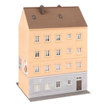 Town house with shoe-shop