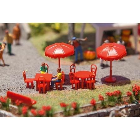 Sun umbrellas, tables, benches