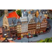 Römerberg East Row Promotional Set Town