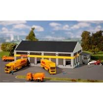 "Logistik-Zentrum ""DHL"""