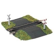 Unbeschrankter Bahnübergang