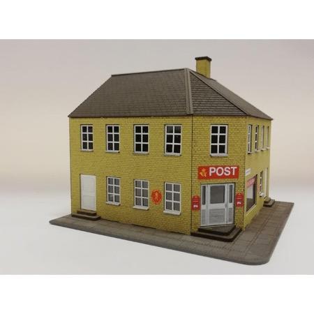 """Hjørnebygning """"Posthus"""" Gule mursten"""