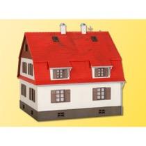 H0 Wohnhaus mit Giebelausbau