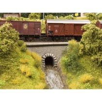 Vandløbs tunnel