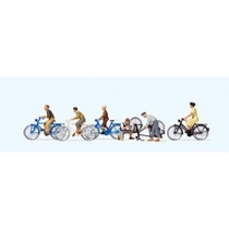 Jugendliche mit dem Fahrrad