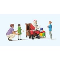 Weihnachtsmann im Sessel. Mut
