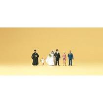 Brudepar og præst - gæster