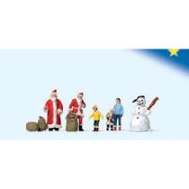 Julemænd, børn og snemand