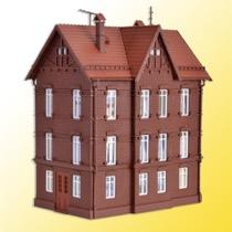 H0 Eisenbahner-Wohnhaus mit F